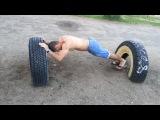 Тренировка трицепса на колесе.